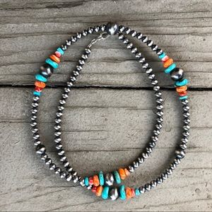 Turquoise Spiny Oyster Navajo Pearl Style Necklace